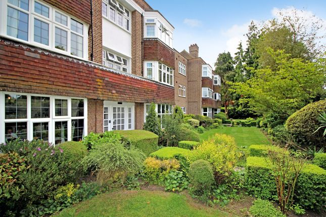 Flat for sale in Imber Close, Esher