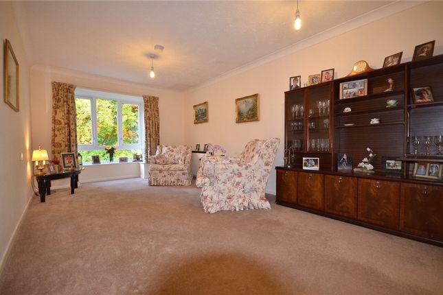 Living Room of Oak Lodge, New Road, Crowthorne RG45