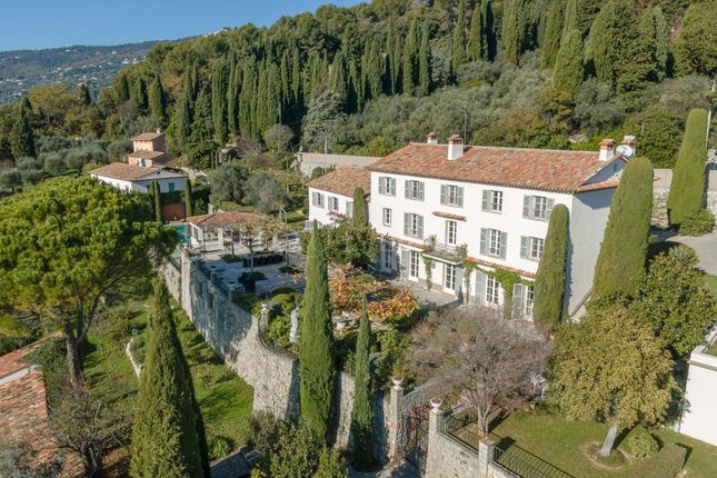 Thumbnail Town house for sale in Grasse, 06130, France