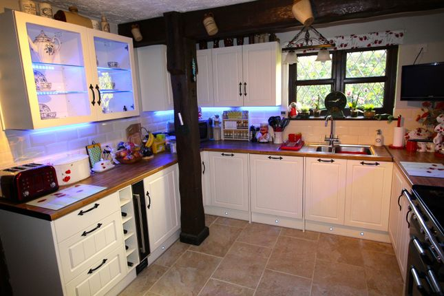 Kitchen of Broadgate, Spalding PE12