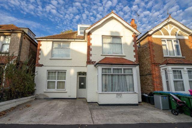 Richmond Avenue, Bognor Regis, West Sussex. PO21