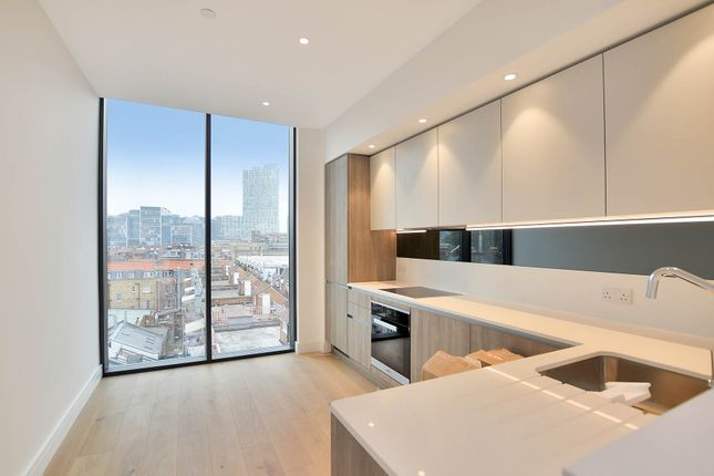 Thumbnail Flat to rent in Bluebell Apartments, Spitalfields