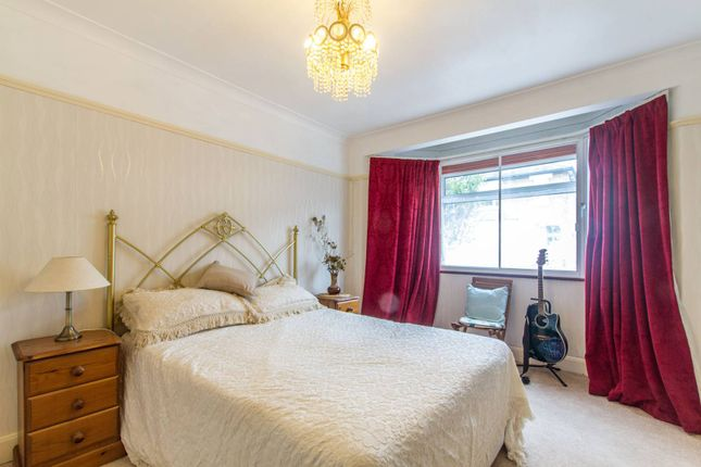 Thumbnail Bungalow for sale in Birkbeck Road, Enfield Town