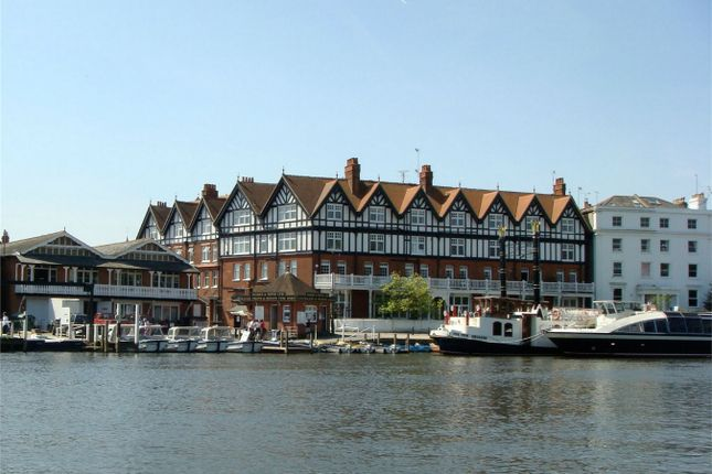 Thumbnail Flat to rent in Station Road, Henley-On-Thames