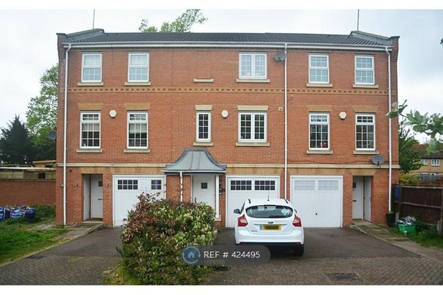 Thumbnail Terraced house to rent in Porthollow Close, Orpington