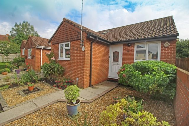 2 bed property for sale in Serpentine Road, Widley, Waterlooville