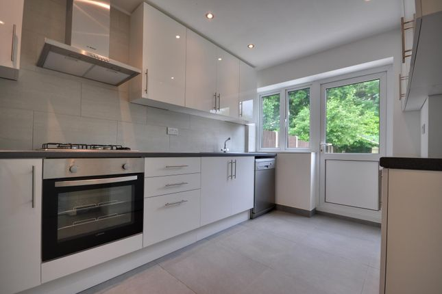 Thumbnail Detached house to rent in White Craig Close, Hatch End, Pinner, Middlesex