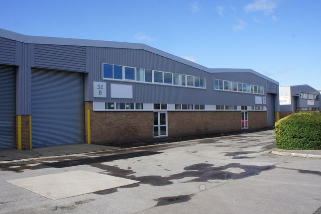 Thumbnail Industrial to let in Units 32A & 32B, Techno Trading Estate, Swindon