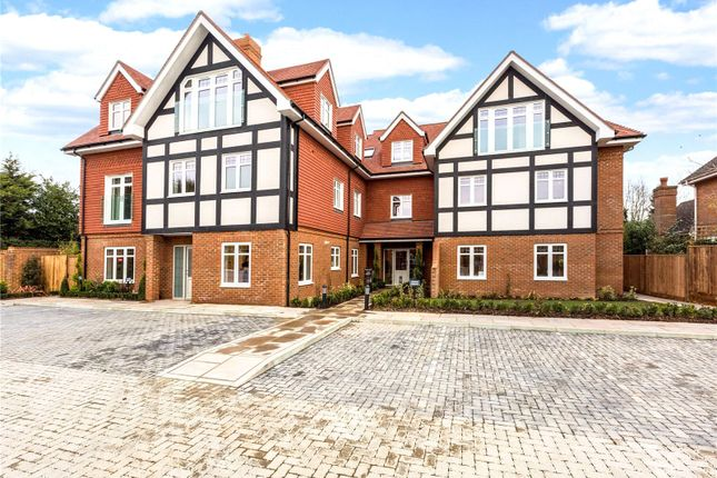 Thumbnail Flat for sale in Apartment 7, By The Green, Shoppenhangers Road, Maidenhead, Berkshire