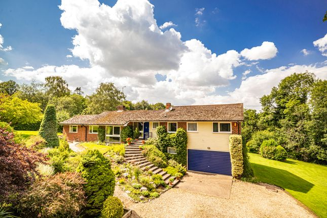 Thumbnail Detached house for sale in Varchfold, Upper Basildon