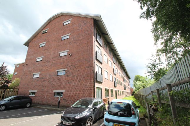 Thumbnail Flat for sale in Camlough Walk, Chesterfield