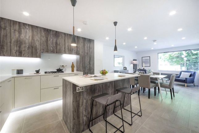 Thumbnail Terraced house to rent in London