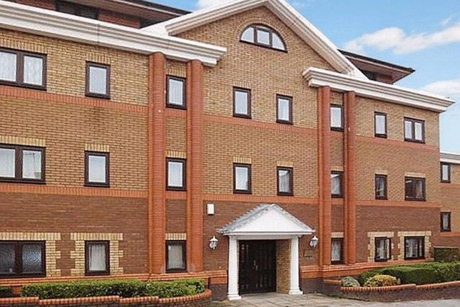 Flat to rent in Collingdon Court, Collingdon Street, Luton