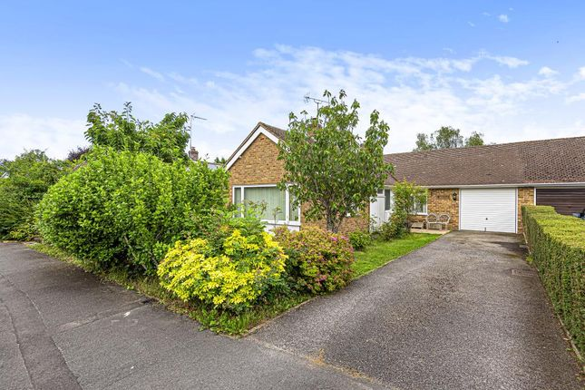 Thumbnail Bungalow for sale in Henley-On-Thames, Oxfordshire