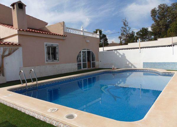 Thumbnail Villa for sale in Albatera, Alicante, Valencia, Spain