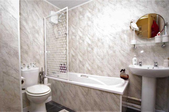 Bathroom of Ffordd Garnedd, Y Felinheli LL56