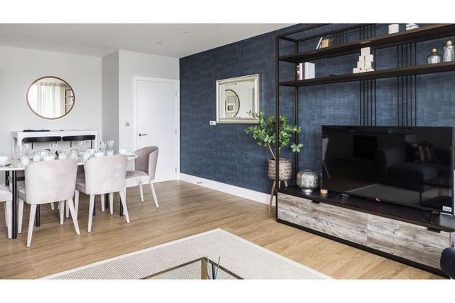 2 bed flat for sale in Wimbledon Grounds, London SW17