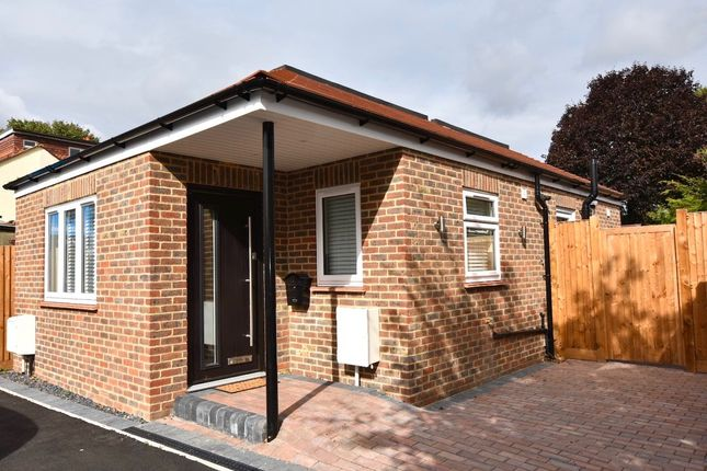 Thumbnail Detached bungalow for sale in Seymour Avenue, Mitcham