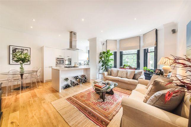 Flat to rent in Egerton Gardens, Knightsbridge, London
