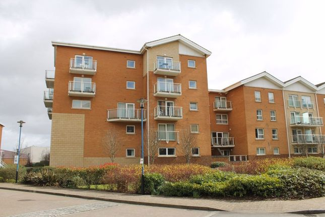 Thumbnail 2 bed flat to rent in Paris House, Century Wharf, Cardiff Bay