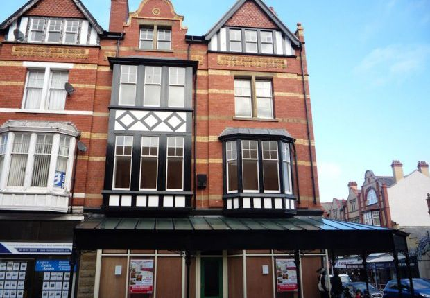 Thumbnail Flat to rent in Penrhyn Road, Colwyn Bay