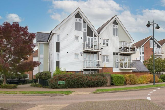 2 bed flat for sale in Lindel Court, Kings Hill ME19