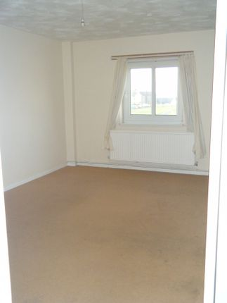 Thumbnail Flat to rent in Rest Bay Close, Porthcawl, Bridgend