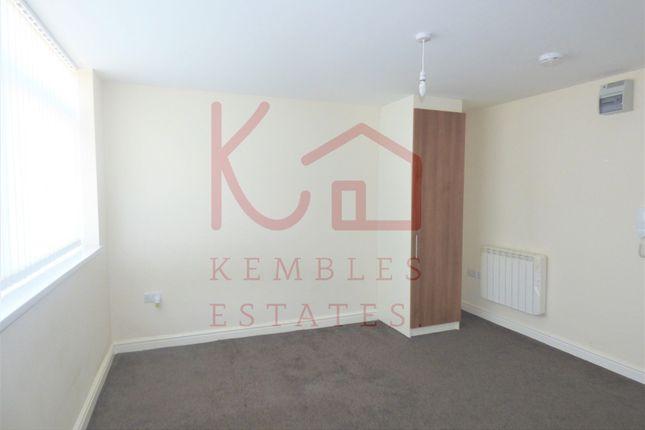 Thumbnail Flat to rent in 8 Kelham House, Balby