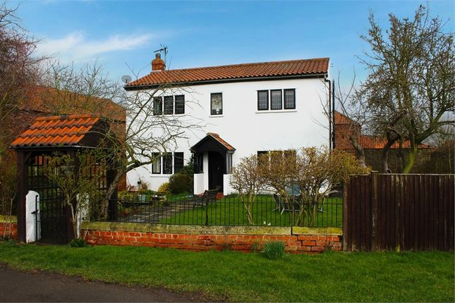 Thumbnail Detached house for sale in Pinfold Lane, Moss, Doncaster, South Yorkshire