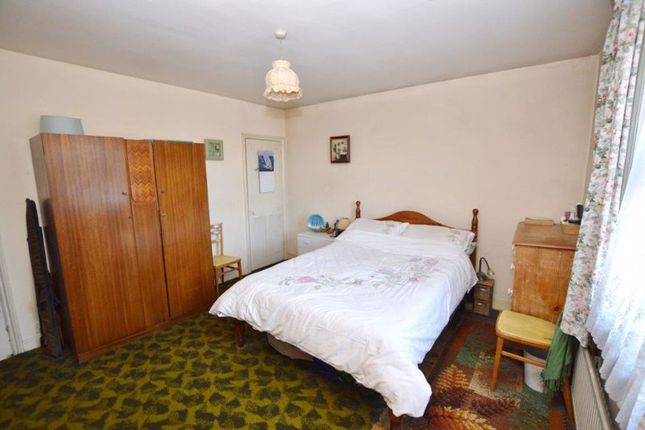 Bedroom 1 of Portsmouth Road, Milford, Godalming GU8