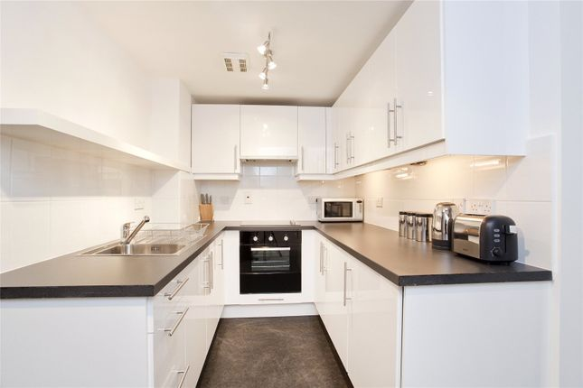 Kitchen of Dundee Court, 73 Wapping High Street, London E1W