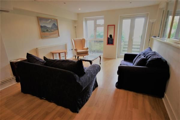 Thumbnail Flat to rent in Lower Ground Floor, Eastern Road, Brighton