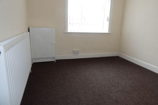 Single Bedroom of Spen Lane, Gomersal BD19