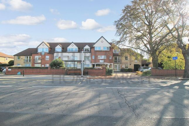 Thumbnail Flat for sale in Westwood Court (Enfield), Enfield