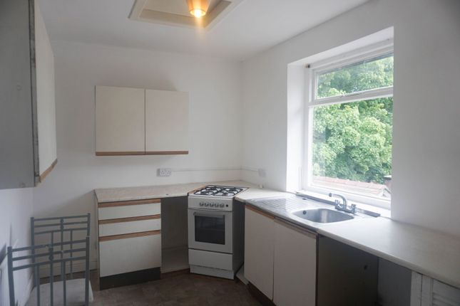 Thumbnail Flat to rent in Turncroft Lane, Stockport