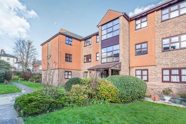 Thumbnail Flat for sale in Gardyne Mews, Springwell Road, Tonbridge