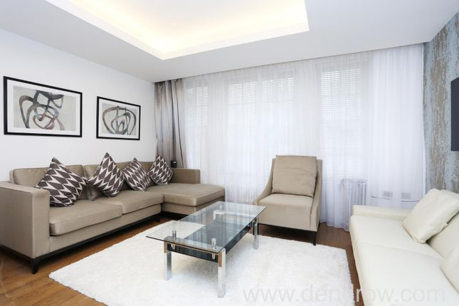Thumbnail Flat for sale in Exchange Court, London
