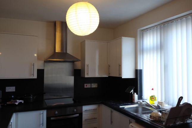 1 bed flat to rent in Bernard Street, Uplands, Swansea SA2