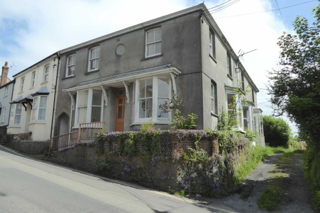Thumbnail Flat to rent in Chapel Street, Holsworthy