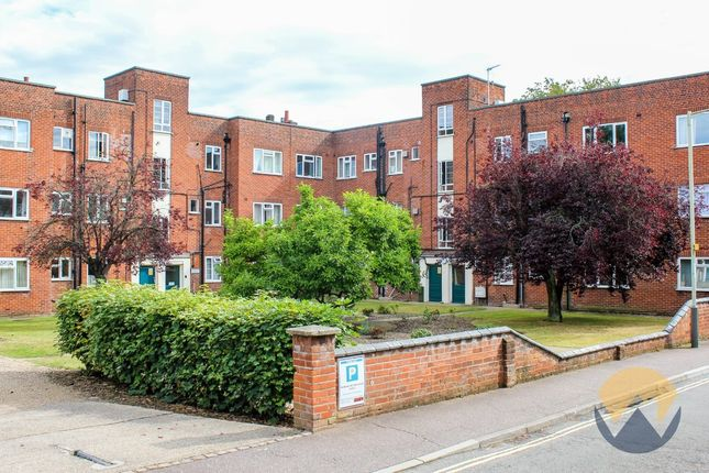 Thumbnail Flat for sale in Heigham Grove, Norwich