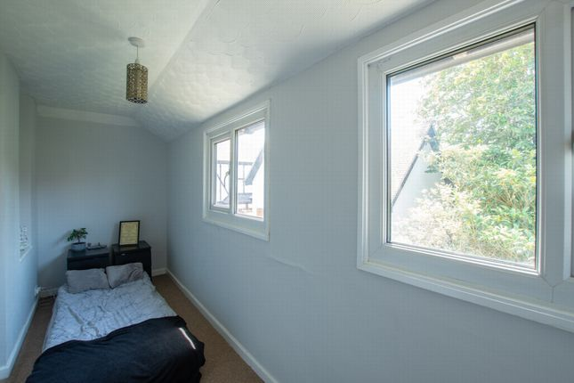 Bedroom 2 of Limes Road, Cheriton CT19