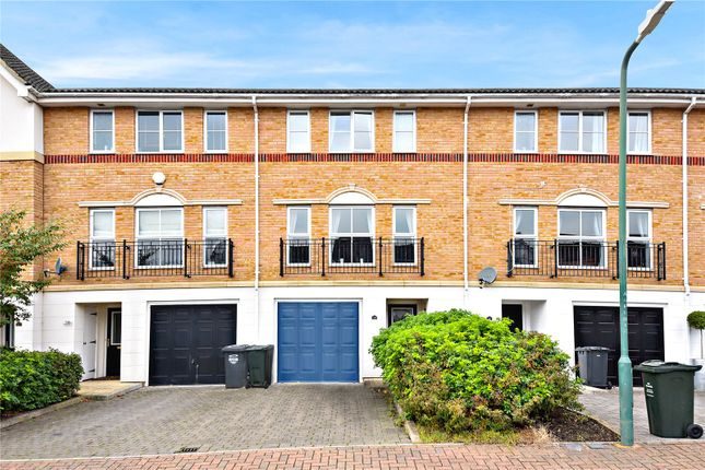 4 bed terraced house for sale in anvil terrace bexley for Terrace 45 qc