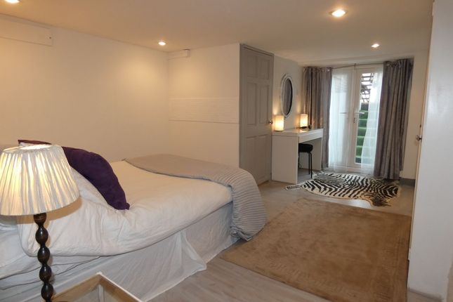 Thumbnail 3 bedroom flat for sale in Eskdale Terrace, Jesmond, Newcastle Upon Tyne