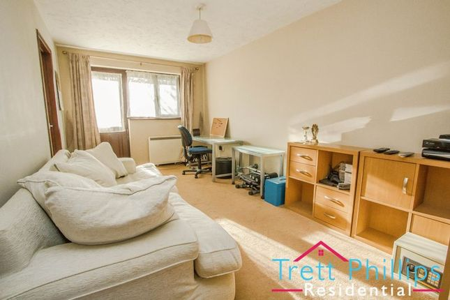 Thumbnail Flat for sale in Spinners Court, Stalham, Norwich