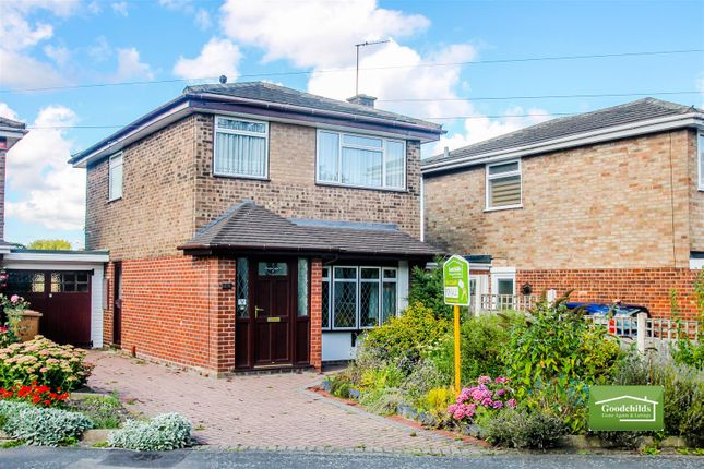 Thumbnail Link-detached house for sale in Cherwell Drive, Brownhills