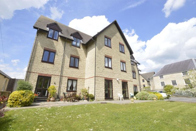 Thumbnail Flat for sale in Wesley Court, Stroud, Gloucestershire