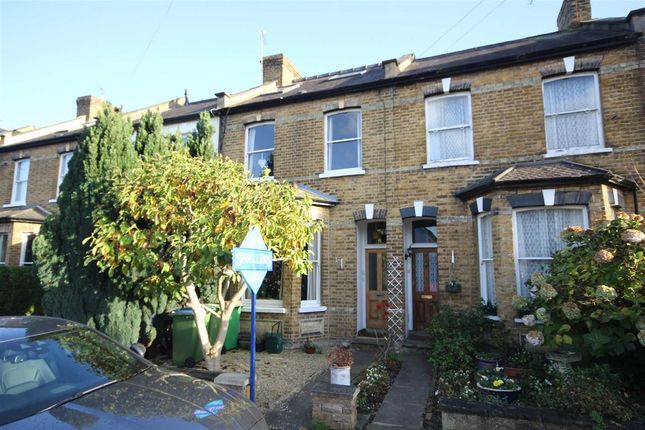 Thumbnail Property to rent in Pemberton Road, East Molesey