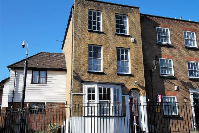 Thumbnail Terraced house for sale in St Margaret's Banks, Rochester