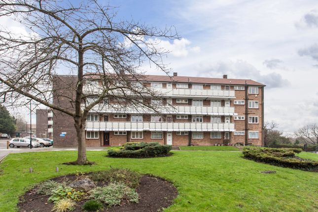 Thumbnail Flat for sale in Wood Vale, Forest Hill, London