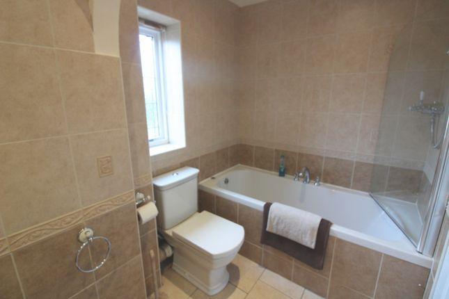 Bathroom of Cotman Drive, Bradwell NR31